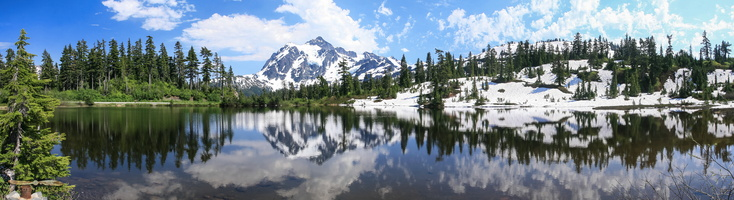 Mount Shuksan, 2783m (9131ft) from Picture Lake