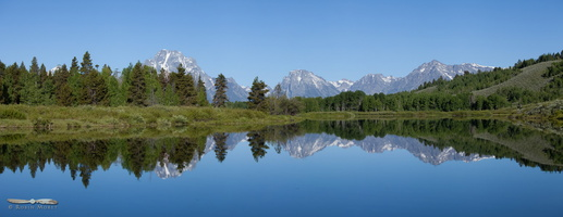 Reflections on Oxbow Bend - Click to zoom !