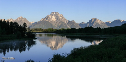 Mt Moran over Oxbow Bend - Click to zoom !