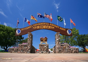 AirVenture brown arch welcomes visitors