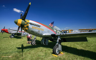 "North American P-51D Mustang ""Gunfighter"""