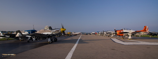 Lines of warbirds