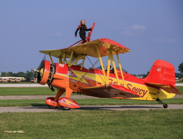 Gene Soucy wingwalking demo in his ShowCat