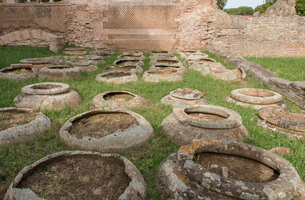 House of the Dolis (buried jars)